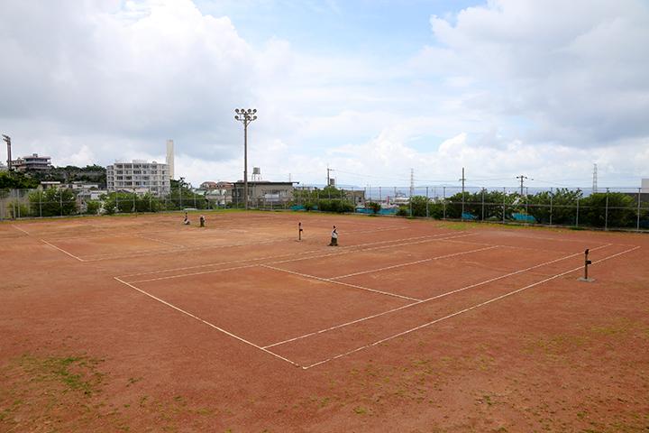 金武町営庭球場