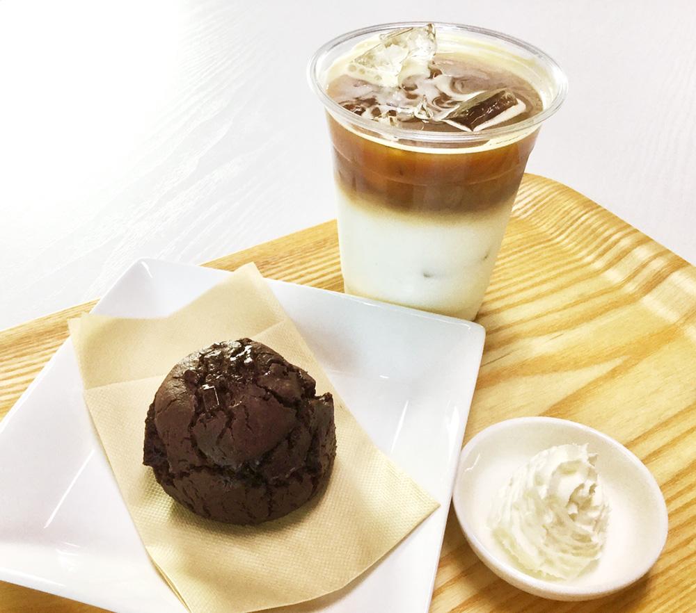 薬膳スコーンとコーヒー
